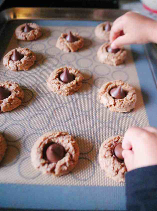 Kids making almond butter cookies #almondbuttercookies #almondbutterblossoms