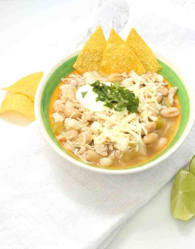 Pantry White Chicken Chili #whitechili #chickenchili #whitechickenchili