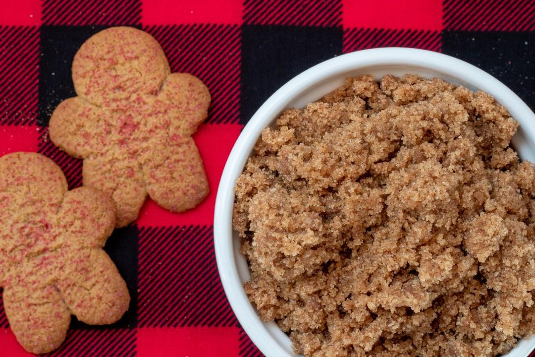 How to make gingerbread sugar scrub