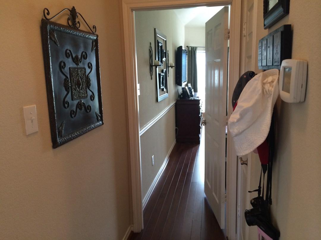 ugly hallway makeover