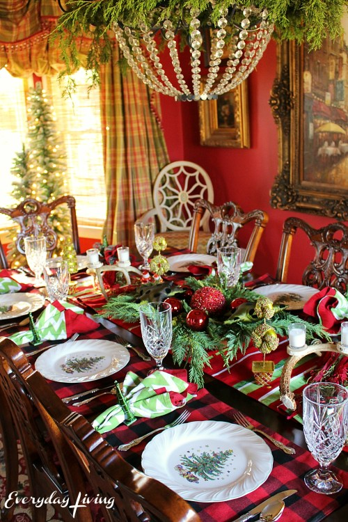 everyday-living-christmas-tablescape-10
