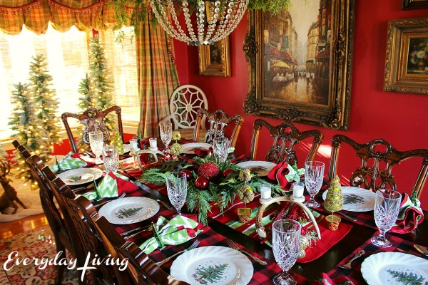 everyday-living-christmas-tablescape-7