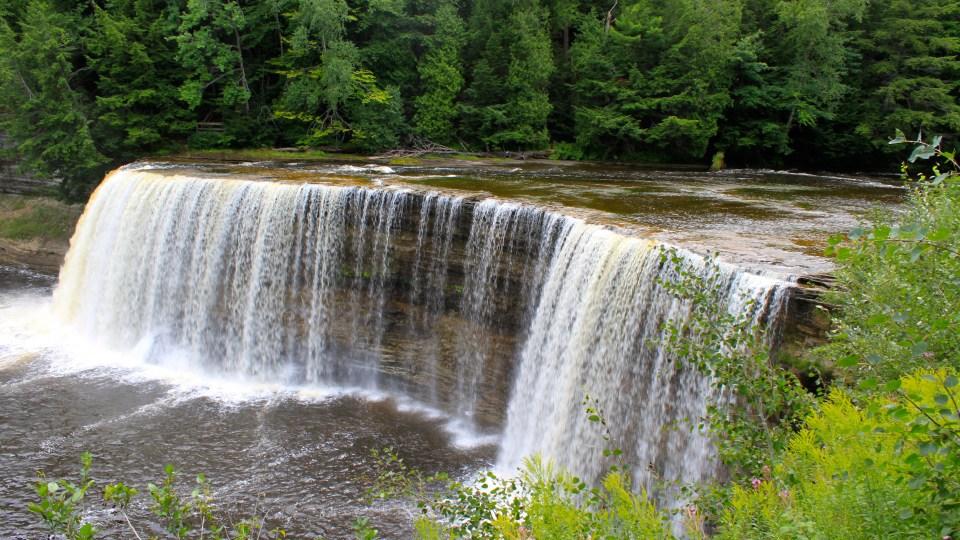 Our Michigan adventure: Tahquamenon Falls