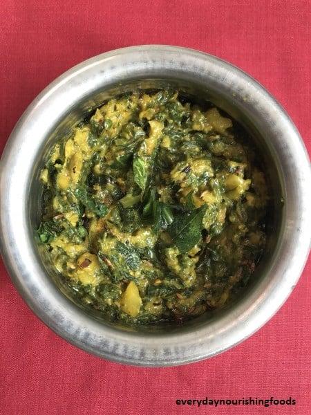 Malabar spinach chutney - roti pachadi