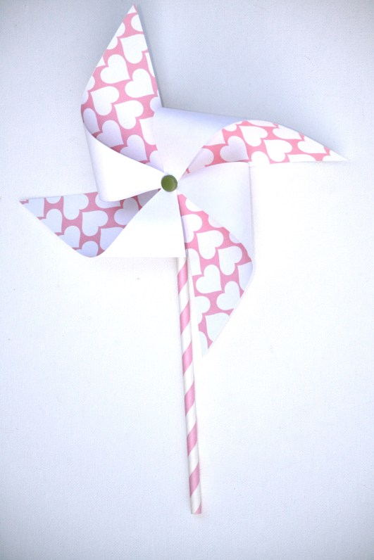 Everyday Party Magazine Valentine's Pinwheel