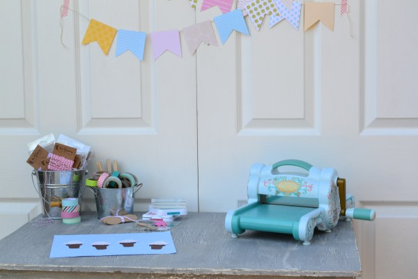 Everyday Party Magazine Party Decor DIY with Sizzix Big Shot