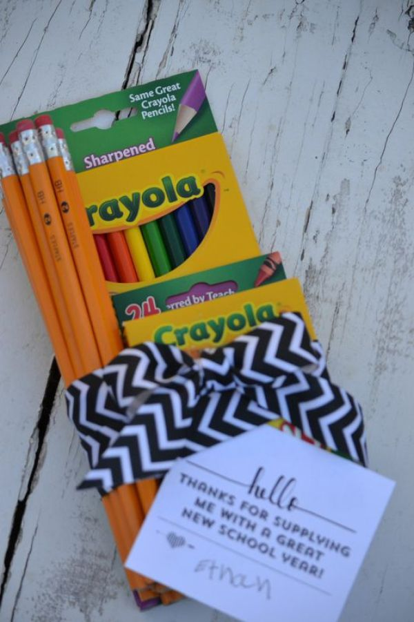 Everyday Party Magazine Free Back to School Printable Gift Tag-School Supplies