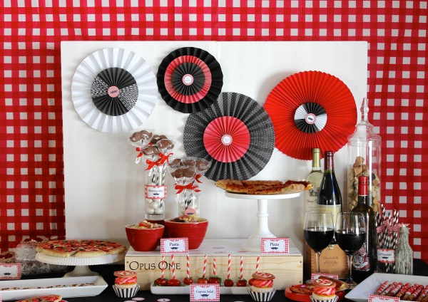 Everyday Party Magazine L'Amore Pizza Party