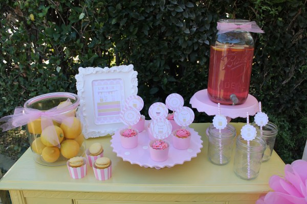 Lemonade Stand Printables by LAURA'S little PARTY on Everyday Party Magazine as seen in the Spring 2015 Issue of Everyday Party Magazine