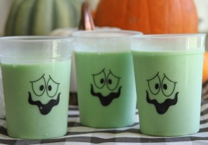 Everyday Party Magazine Glowing Green Slime Smoothie