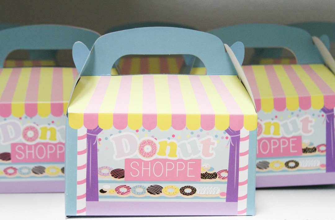 Everyday Party Magazine Donut Shop Party #Donuts #KidsParty