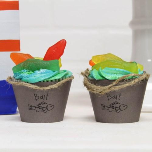 Chum Bucket Cupcake Liners #CricutMade #DIY #CupcakeLIners #BaitBucket #ChumBucket #SharkWeek