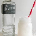 Everyday Party Magazine Frosted Vodka Lemonade #Cocktail #Drinks #Recipe #WDWKnockoffRecipe