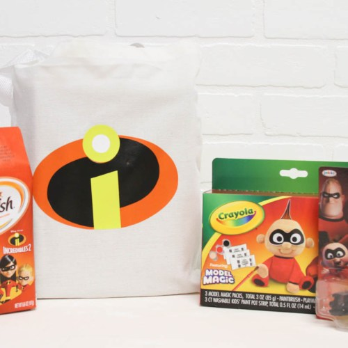 Everyday Party Magazine Incredibles 2 Activity Bag #CricutMade #Incredibles #DisneyMom #DisneySide #Pixar