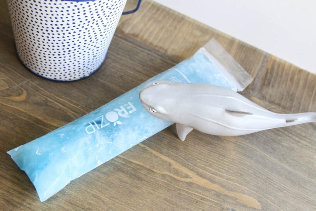 Everyday Party Magazine Shark Week Popsicles #SharkWeek #Popsicles #GummyCandy #Recipe