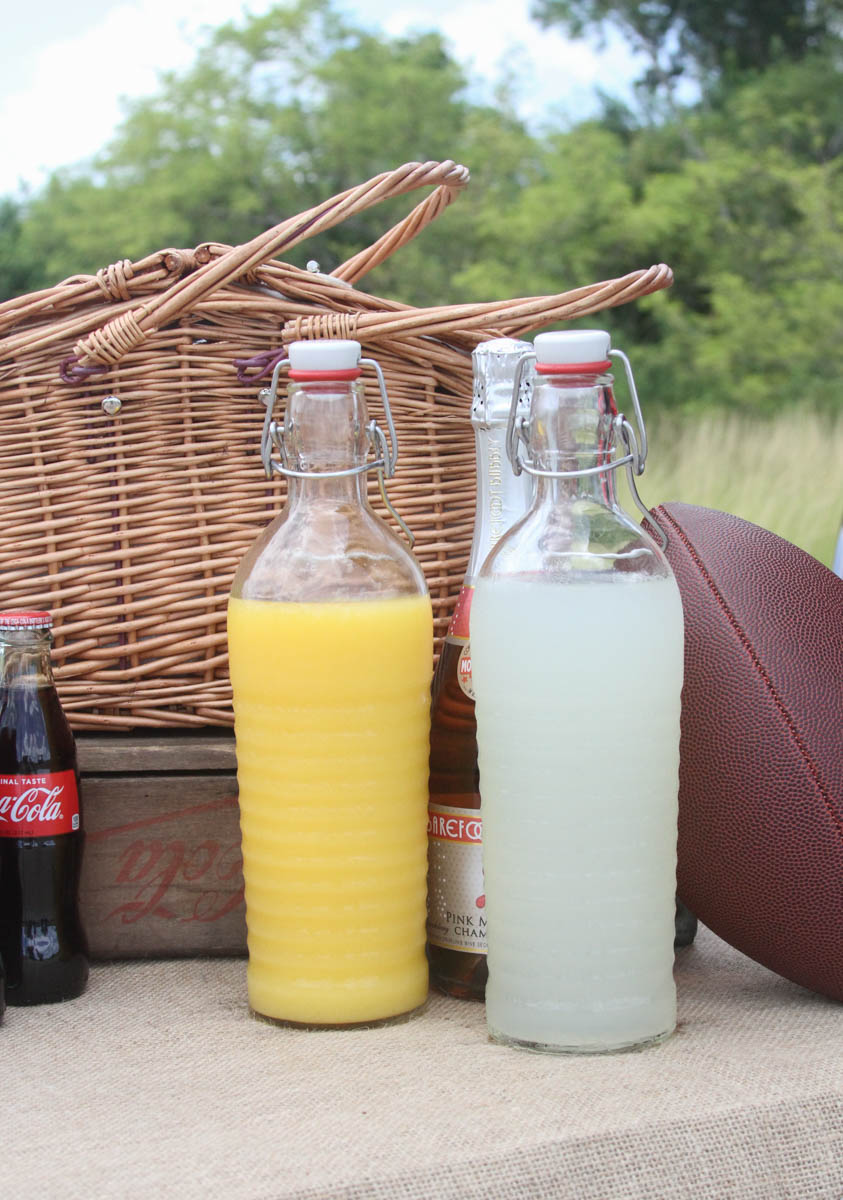 Everyday Party Magazine Breakfast Tailgate Party #Tailgate #Football #CollegeFootball #Party