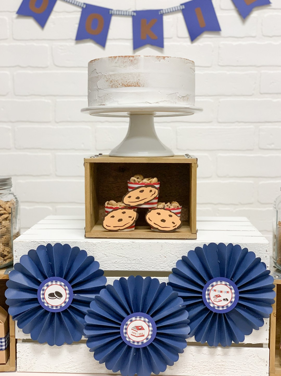 White Cake Cookies Paper Rosettes