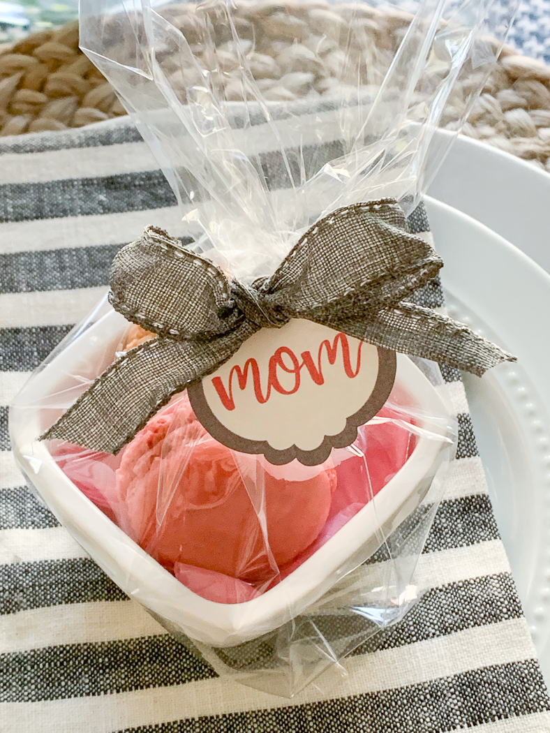 Mom Place Card Cello Bag Cookies