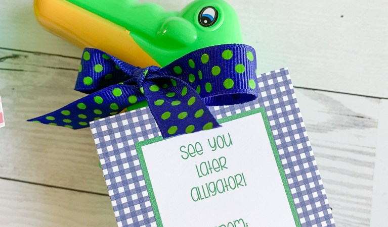preppy alligator party favor