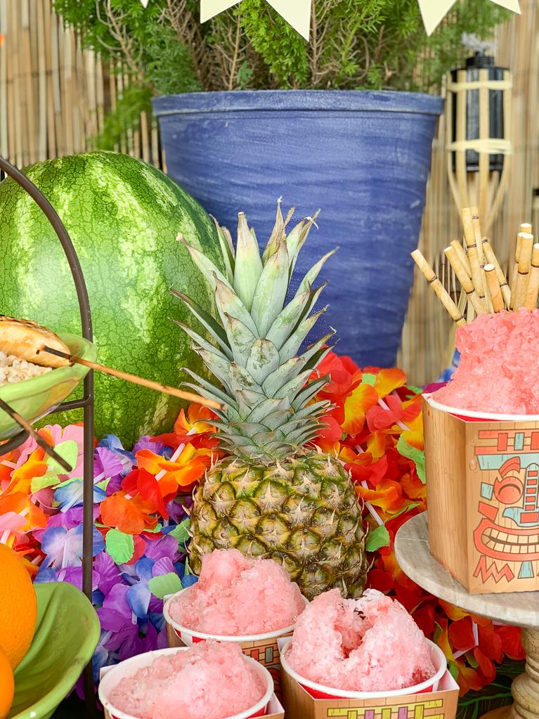 Luau Pineapple