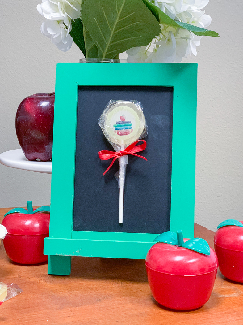 Custom Lollipop Apples