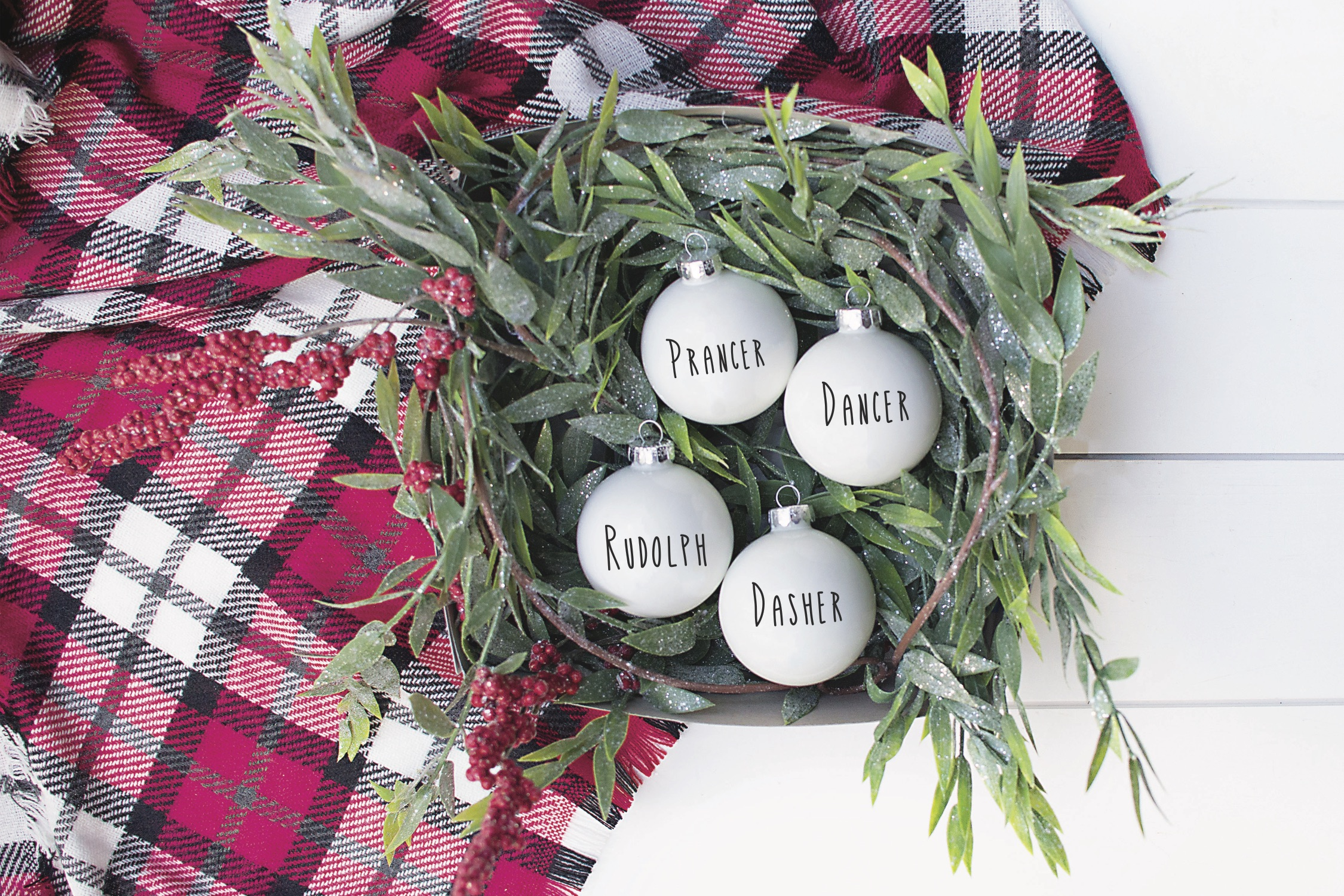 Easy Diy Christmas Ornaments Everyday Party Magazine