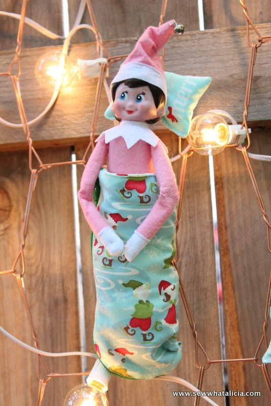 Elf on the Shelf Sleeping Bag DIY