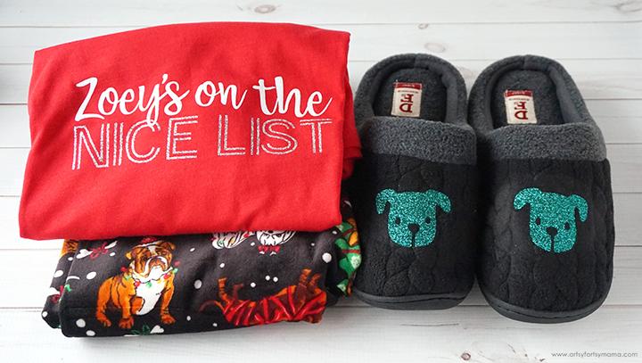 Artsy-Fartsy Mama Christmas Pajamas