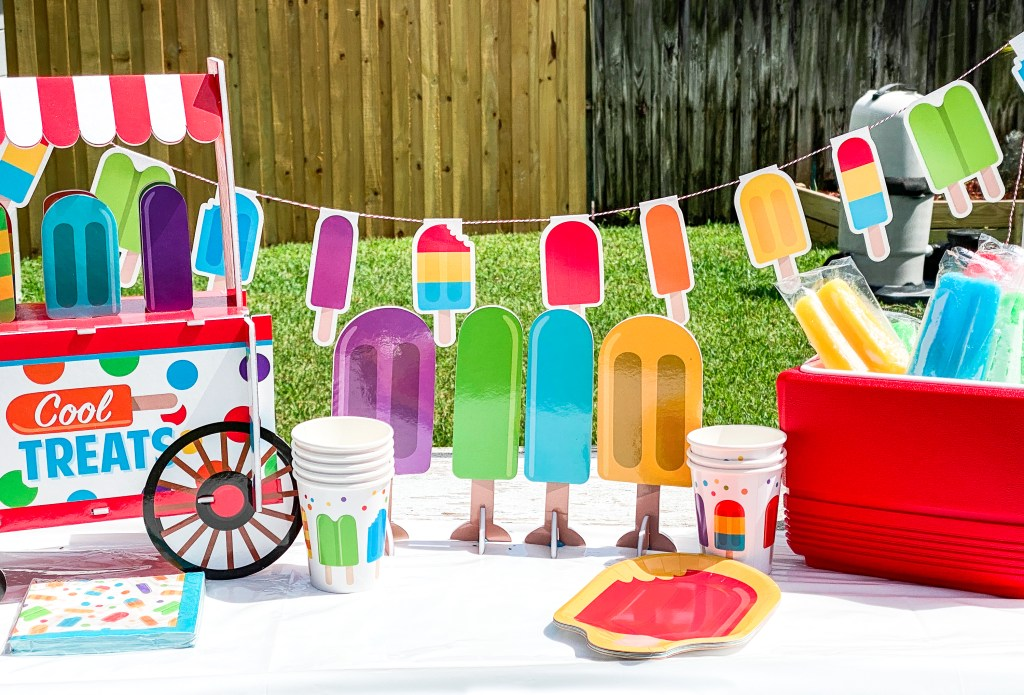 Summer Party Table