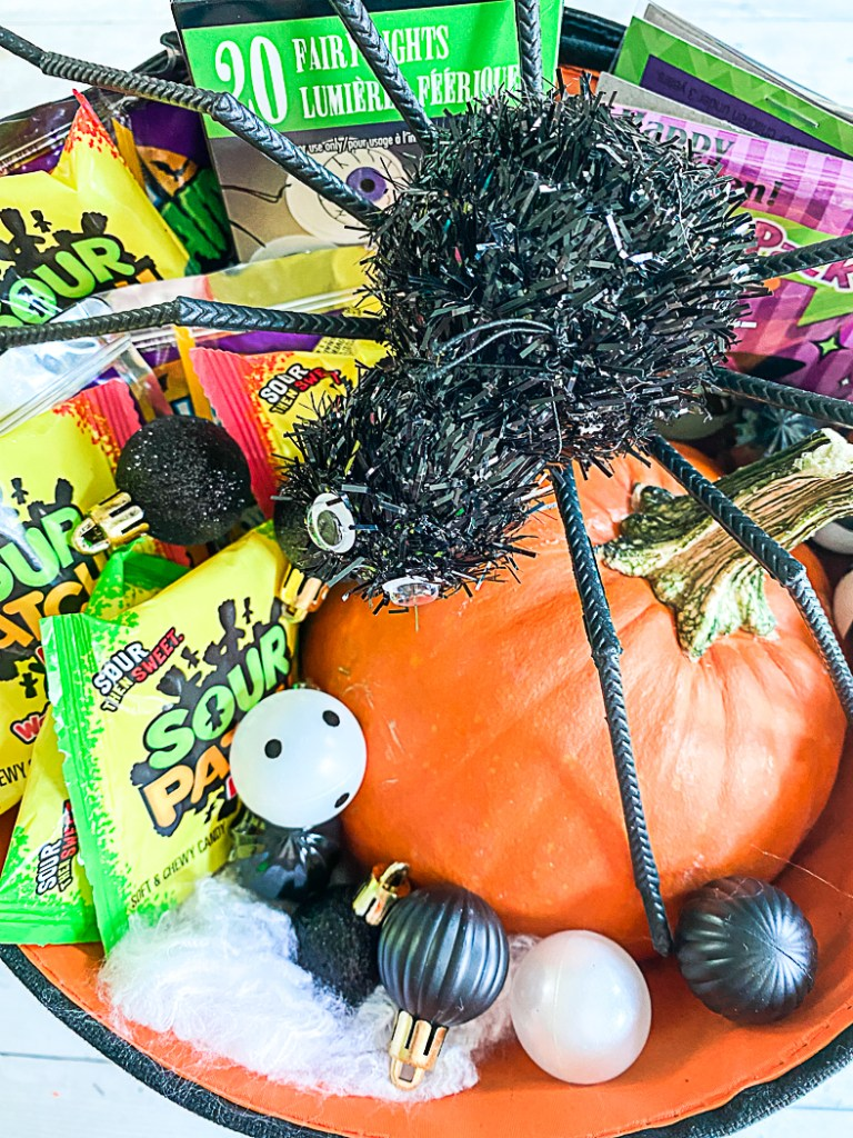 Pumpkin Spider Candy Halloween Treats