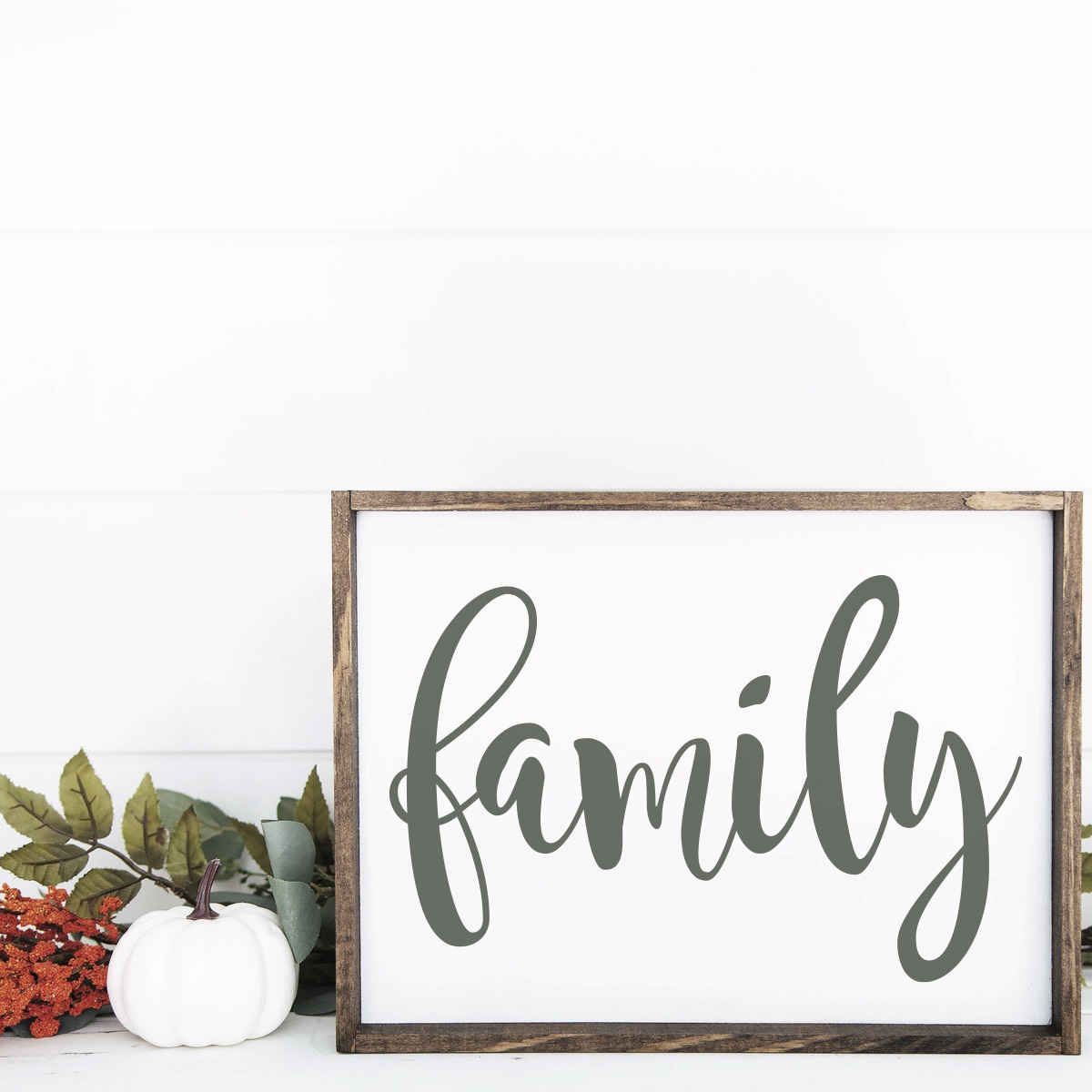Farmhouse Family Sign