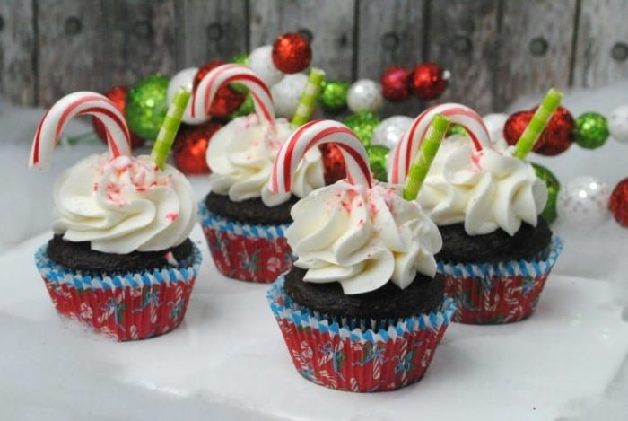 Peppermint Hot Chocolate Cupcakes