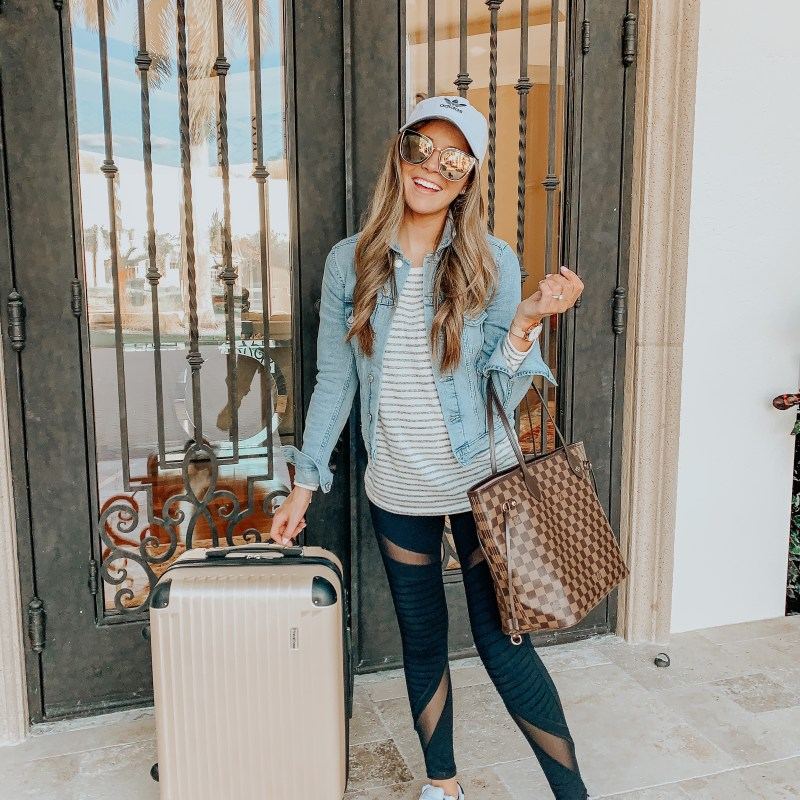 Travel Essentials: What's In My Carry-on Bag
