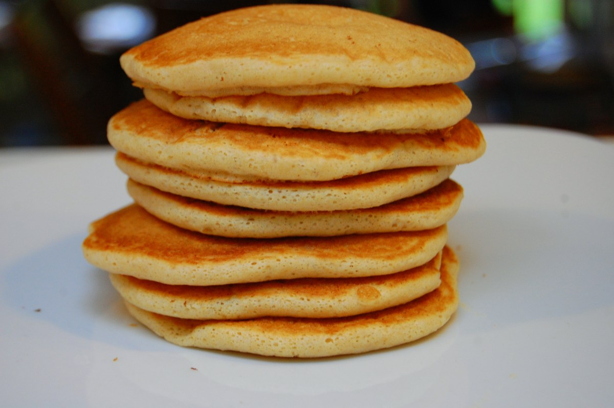 "Vegan fluffy and ""airy"" pancakes"