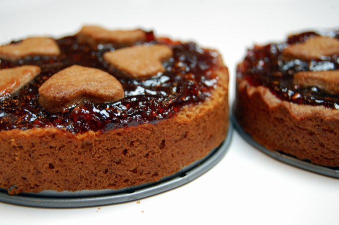 Vegan Linzer Torte with aquafaba