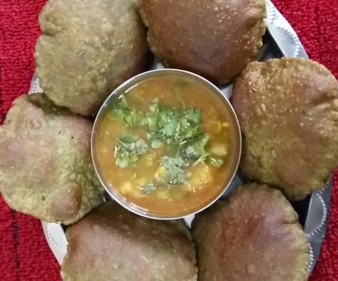 Palak Puri