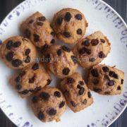 eggless-black-currant-muffins