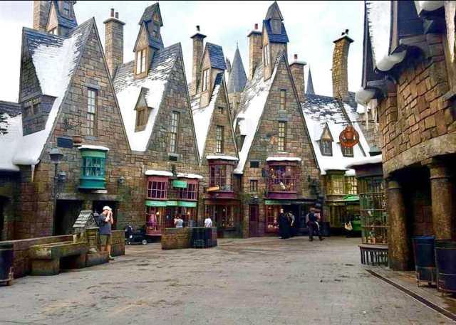 Universal Studios by Sam Markey