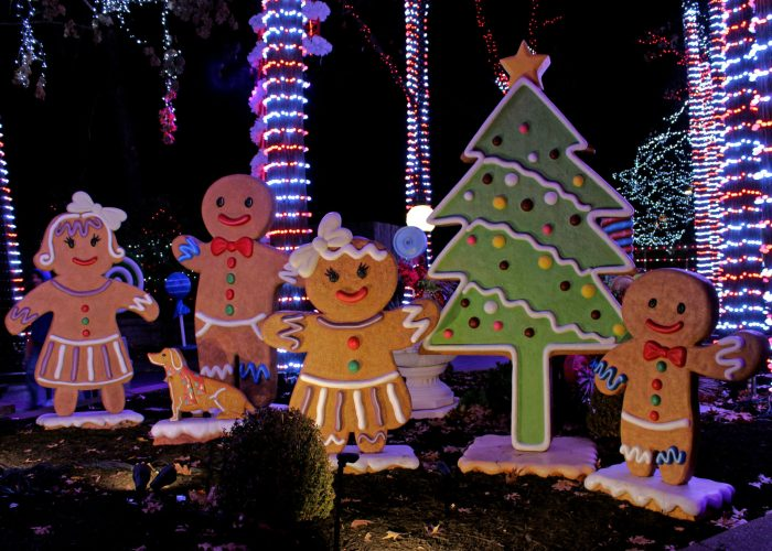 Gingerbread People at Worlds of Fun's WinterFest