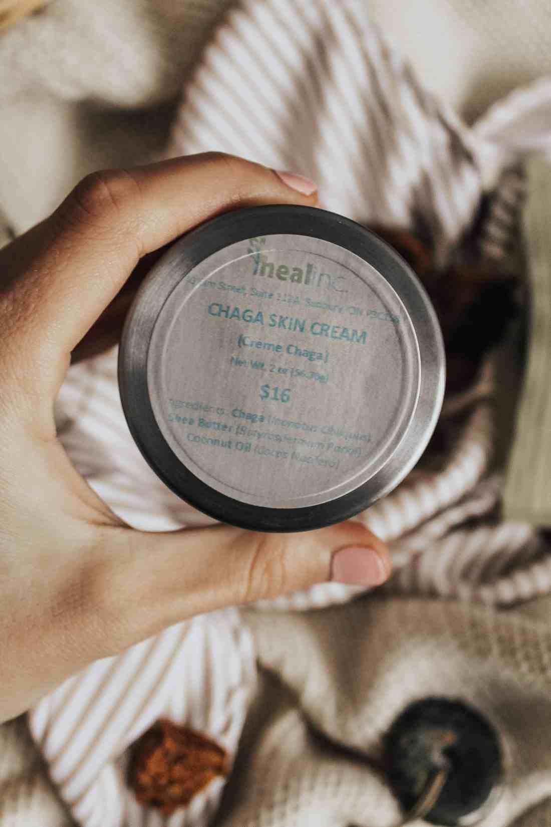 Chaga Skincare - Is this anti-inflammatory, anti-cancer mushroom the future of healing the body & skin? Here's 5 amazing ways chaga can benefit your skin!