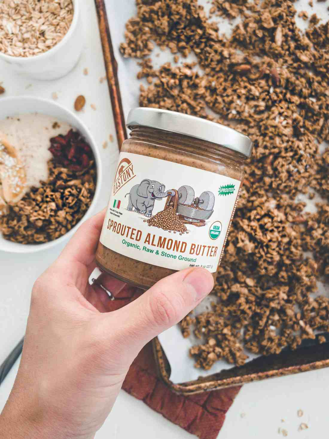 This easy to make, healthy almond coconut granola recipe is not only vegan & gluten free, but is also naturally sweetened, crunchy & delicious!