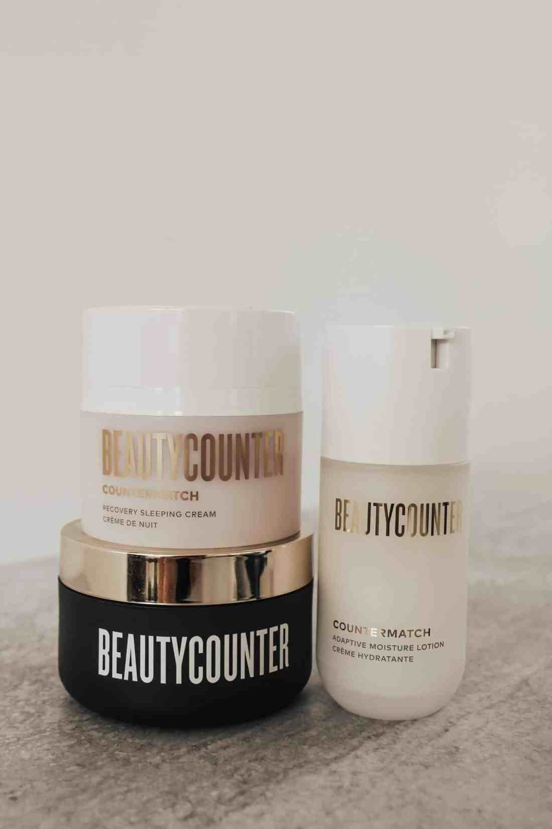 Sharing 7 clean, Beautycounter products to help combat mask acne or 'maskne', which will also help keep your pores clean, skin hydrated, & oil balanced!