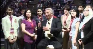 COMPLEXITY: A Minute With John Maxwell, Free Coaching Video