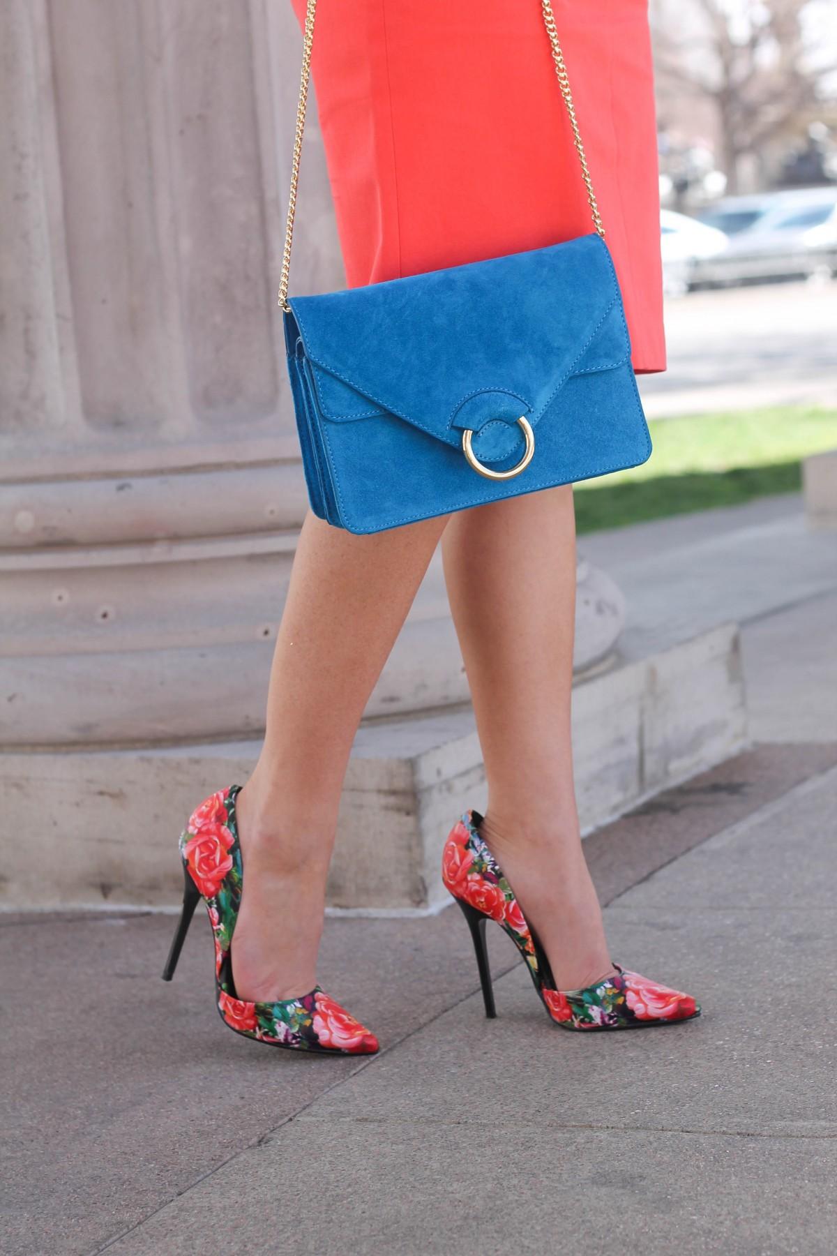floral print pumps turquoise bag