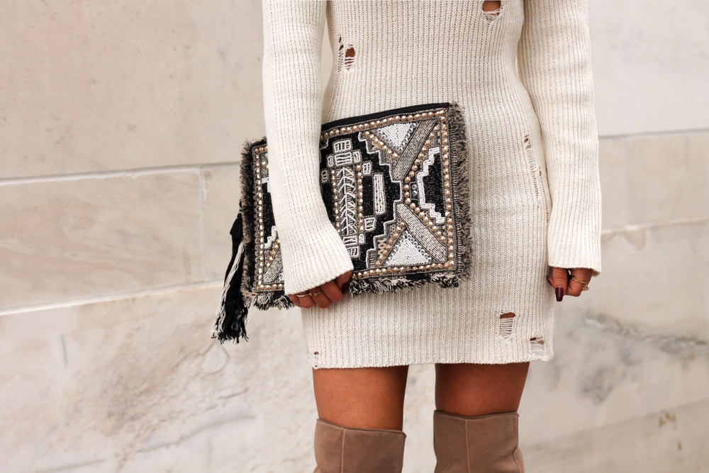 amber from every once in a style wearing a forever21 beaded clutch
