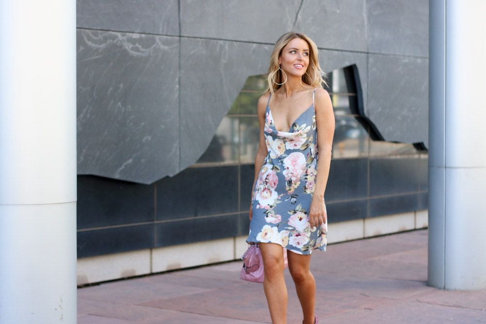 Amber from Every Once in a Style is wearing || Privacy Please Floral Dress