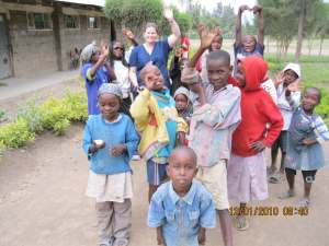 Where we are: Nurse Jaime helping children in Kenya
