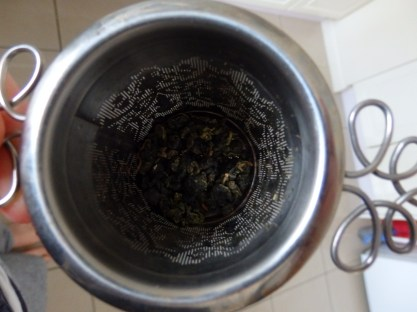 Oolong before brewing