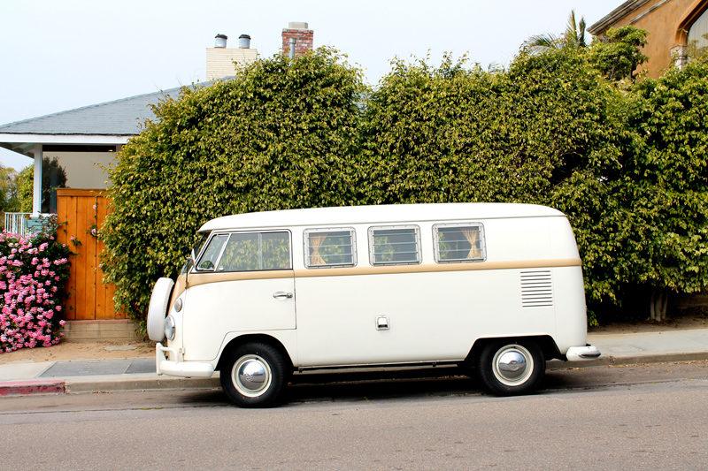 4-white-van