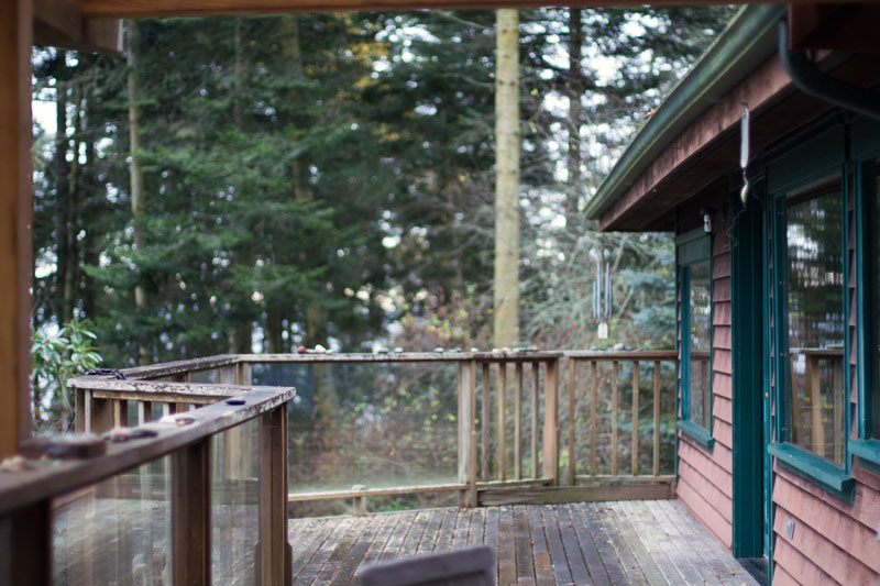 whidbey island airbnb // deck